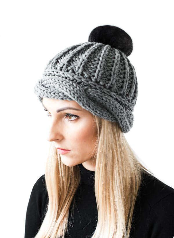 Finest merino wool beanie with chinchilla fur